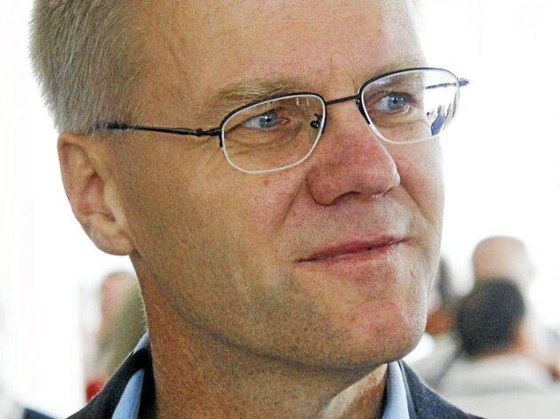 Landshövding Göran Enander i Uppsala län lägger alla resurser på att, under 2018, reda upp personalbrist och annat trassel som medför att lantbrukarna i länet inte får sina ansökningar om jordbruksstöd behandlade.
