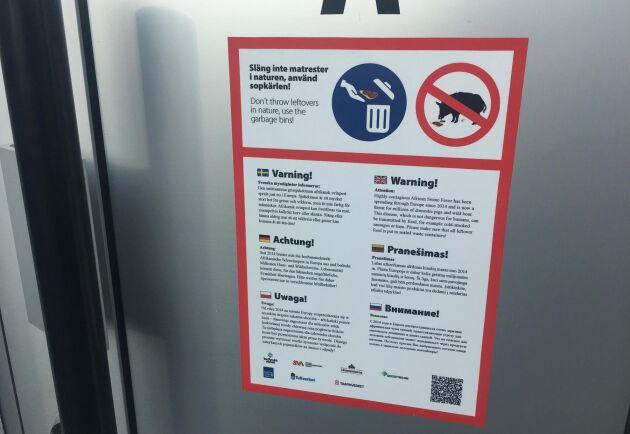 Information i många former och kanaler ska hindra att afrikansk svinpest introduceras i Sverige.