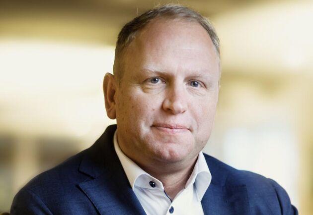 Slår de nya HVO-reglerna igenom kommer det inte att påverka Scanias försäljning så mycket. Däremot bolagets ambition att driva omställningen till hållbara transporter menar Scanias vd Henrik Henriksson i en intervju med Dagens Industri.