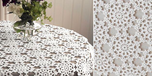 Virka duk av vita blommor