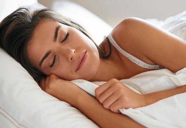 Ett täcke som kramas, så beskrivs ibland känslan från ett tyngdtäcke som kan hjälpa dig att sova bättre.