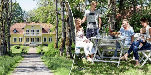 """Familjen Tagesson tog över slitna Stora Roo: """"Vi är så nöjda med renoveringen"""""""