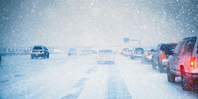 Snöoväder drar in över Sverige – 16 livsviktiga tips i trafiken!