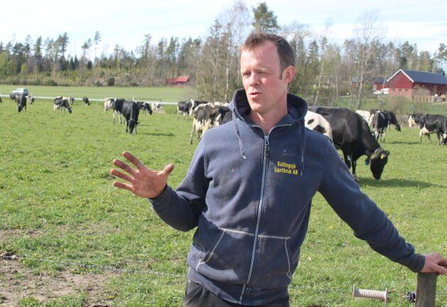 Mjölkbonden Tobias Kullingsjö har funderat mycket på utvecklingen i Arla.