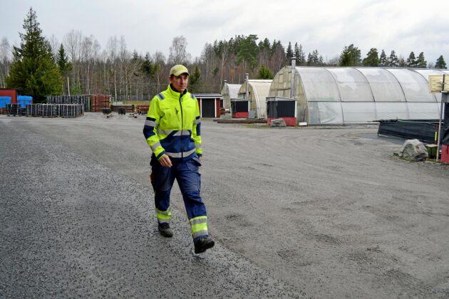 Martin Larsson, odlingsledare på Svenska skogsplantors plantskola Lugnet i Bålsta.