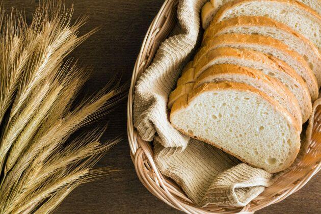Bröd är en av varorna som har högst svinn, och det är bagerierna själva som står för svinnet.