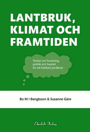 Författarna tycker att debatten fokuserar för mycket på utsläpp av koldioxid utan att beakta sambanden och se till helheten.