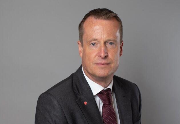 Det finns ingen konflikt mellan produktionen av biobränsle och mat- eller skogsprodukter menar energiminister Anders Ygeman.