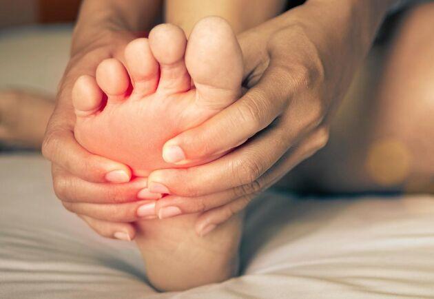 Hälsporre kan göra rejält ont. Med enkla stretch-övningar kan du förebygga och lindra.