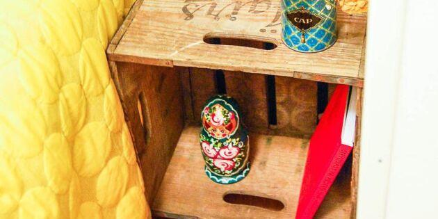 Nattduksbord av gammal dryckesback