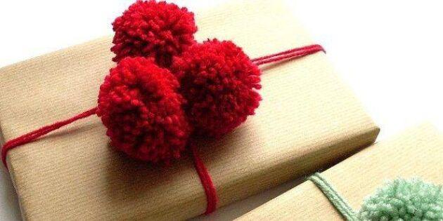 Ge bort en pompom med presenten