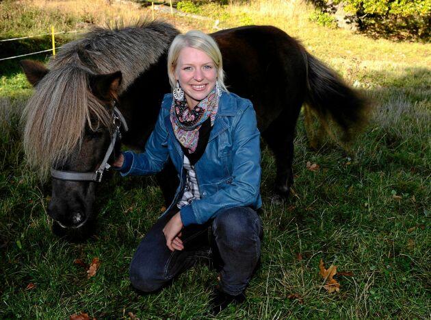 """Thilde Höök i """"Bonde söker fru"""" 2009."""