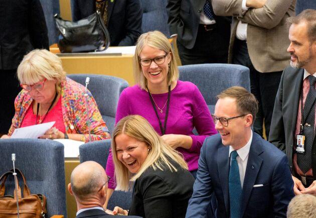 Kristina Yngwe (C) sitter gärna kvar i jordbruksutskottet. Men tidigast nästa vecka väntas platserna i miljö- och jordbruksutskottet fördelas.