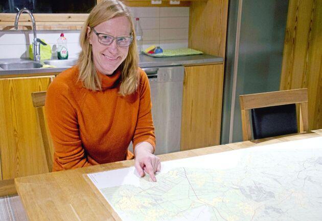Skogsägaren Eva Åkerman är väldigt nöjd med hela arbetet kring omarronderingen.