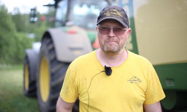 Fredrik Johansson har satsat på att odla rörflen.