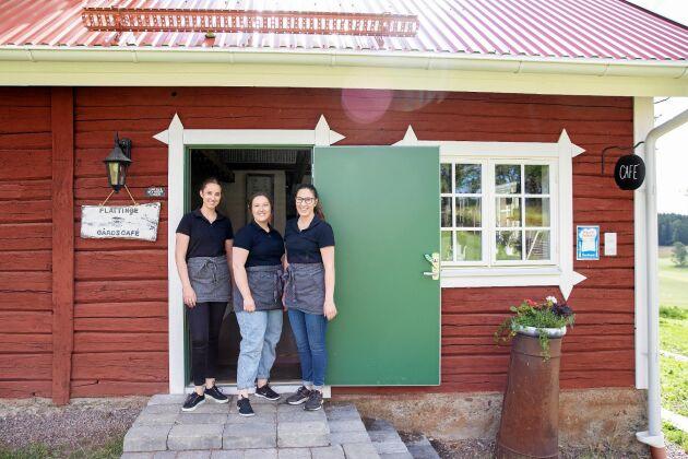 Systrarna Sandra, Josefin och Louise Levinsson driver Flättinge gårdskafé mellan Huskvarna och Gränna.