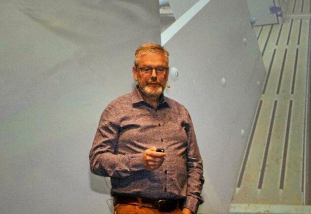 Grisstallen ska bli billigare att bygga och ett projekt som Søren Jakobsen leder siktar på att halvera kostnaden.