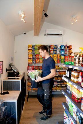 Edvin har samarbete med flera lokala näringsidkare, bland annat en tulpanproducent.
