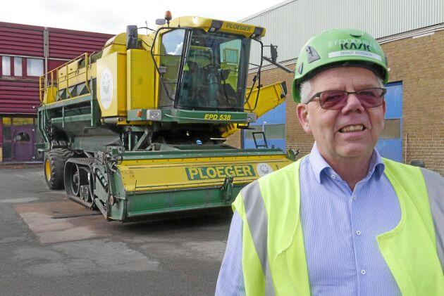 Ärttröskan är en av dem Foodhills förfogar över. Bengt Persson ser ärtodlingen som en viktig del i verksamheten - men målet är att loka många nya företag till området.