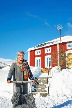 Jessica Lindberg älskar snön och lugnet i barndomsbyn Lillpite dit hon och familjen flyttade från Malmö.