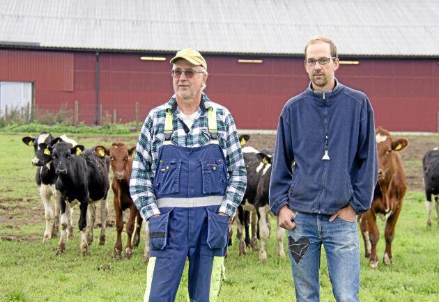 Far och son, Axel Olov och Henrik Karlsson. Till årsskiftet väntar ett generationsskifte.