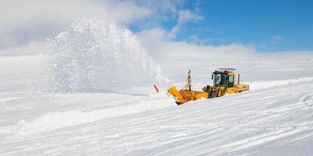 """""""Vår herre kastar ner snön som han vill"""""""