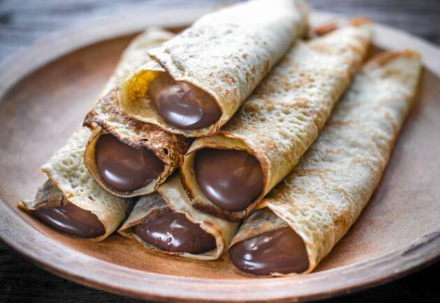 Crêpes med hemgjord Nutella är riktig kalasmat.