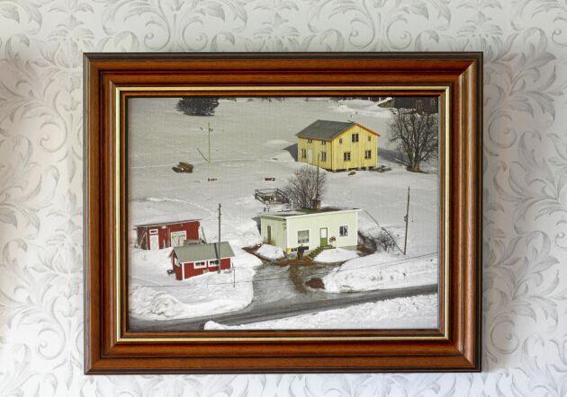 Flygbild över gården och butiken i dess glansdagar på 1950-talet.