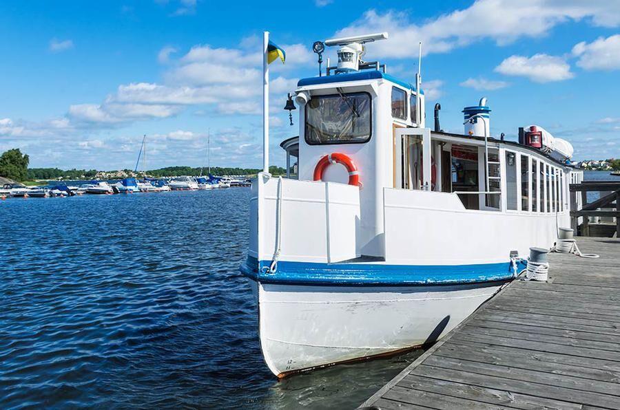 Ta båten ut i Blekinges vackra skärgård. Foto: Istock