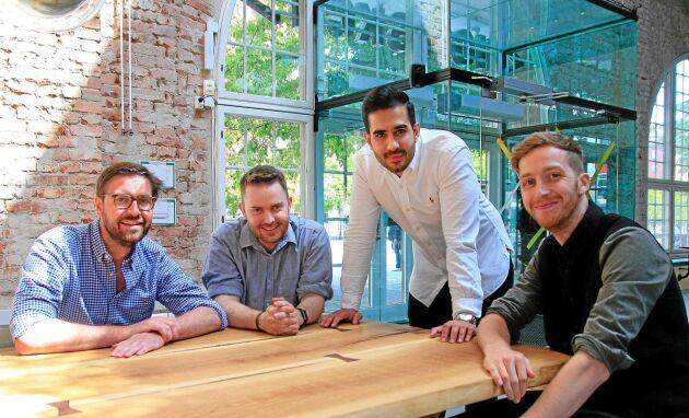 Gänget bakom Virkesbörsen. Från vänster: Per Hedberg, Fredrik Stockman, Adam Aljaraidah, Tim Davis.