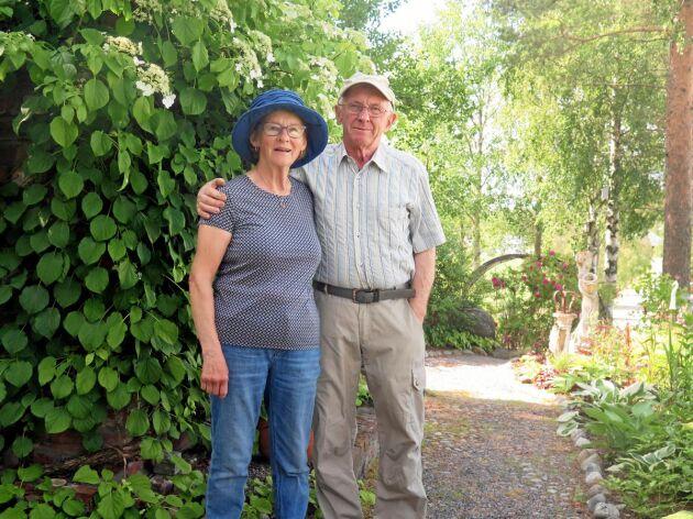 Irene och Bernt Wikström ser fram emot att visa upp sin trädgård på söndag.