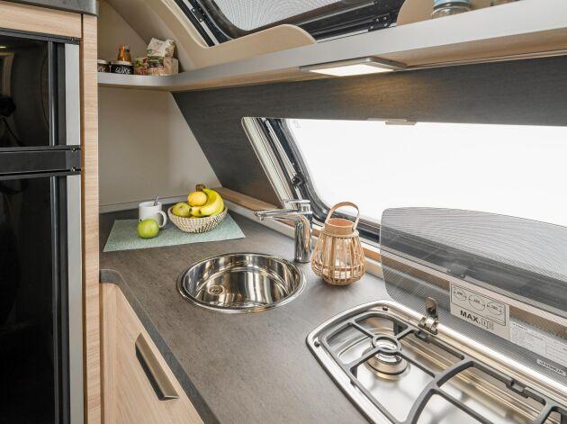 Tyska Knaus är en av husvagnstillverkarna som placerar köket längst fram.