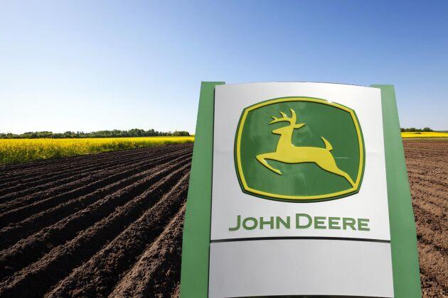 Monsanto har bestämt sig för att avbryta försäljningen av sin verksamhet för precisionsodling. Men avvecklingsstrategin ligger fortfarande fast. OBS: Bilden är ett kollage.