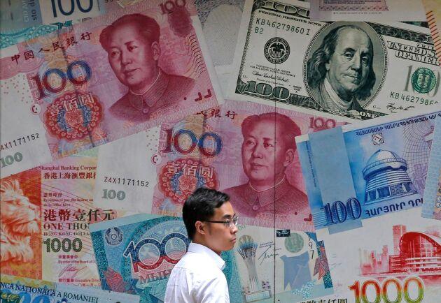 Kinas billiga valuta ger landet orättvisa fördelar i världshandeln, tycker USA. Arkivbild från Hongkong.