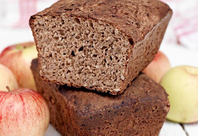 Äpple och kanel är härliga höstsmaker som även passar i matbröd.