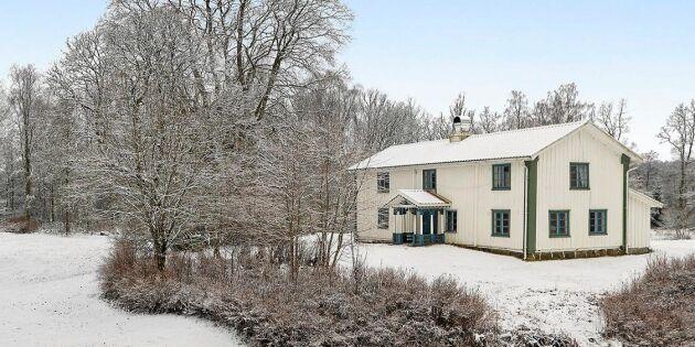 Charmig Ernst-villa i Älvsered till salu