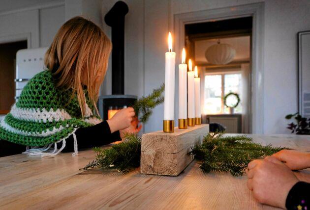 Enkelt och vackert snickrat av en bit trä till advent. Foto: Sandra Back/David Langsedt.