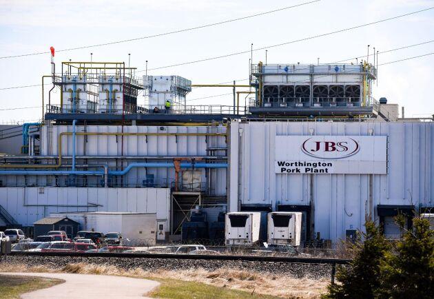 JBS USA:s anläggning i Wothington har stängt på obestämd tid efter att 26 arbetare testat positivt för covid-19.