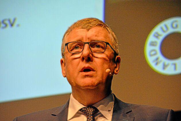 Erik Larsen, ordförande för Landbrug & Fødevarers grissektion, listade fyra målsättningar inför framtiden: fler frigående suggor, minskad svanskupering, om möjligt slippa kastration och en ökad dansk slaktproduktion.