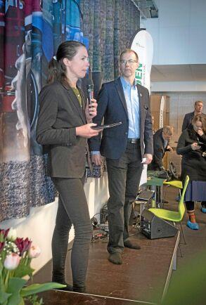Bidrag från i första hand Vinnova och Naturvårdsverket har hjälpt Västra Götalands-regionen att finansiera satsningen på naturbruksgymnasiernas simulatorer. Birgitta Losman (MP) är ordförande i regionutvecklingsnämnden och skötte invigningen av Sötåsens simulatorcenter.