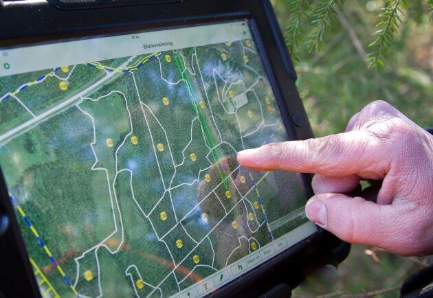 Genom att dra nytta av data som redan produceras med fjärranalys eller i skördarna kan skogsbruksplanerna bli både bättre och lättare att ajourhålla.