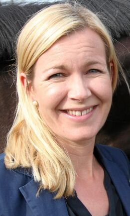 Sara Westholm är ansvarig för området arbetsmarknadsfrågor vid Hästnäringens Nationella Stiftelse.