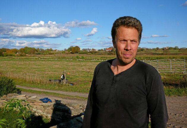 Mats Olsson är lantbrukare på Öland och känner tydligt av effekterna av två torrsomrar.