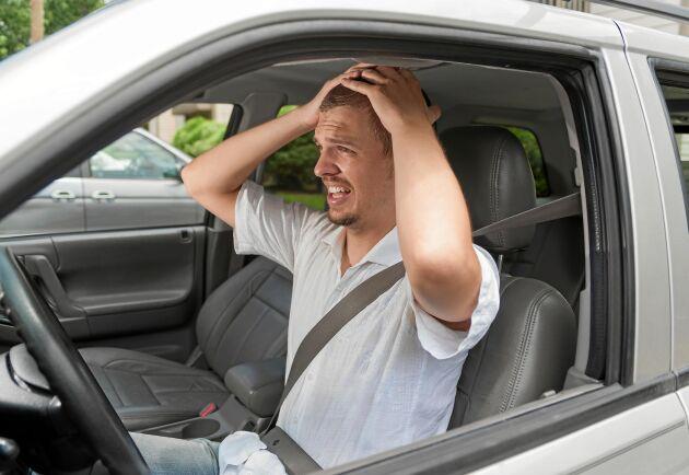 Även om du har luftkonditionering i bilen så kan värmeböljor bli påfrestande på kroppen. Foto: Istock