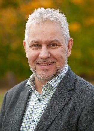 – Lågränteläget gör det intressant för redan befintliga skogsägare att köpa mer skog, men det är också så att personer som inte har ägt skog tidigare ser skogen som ett bra placeringsalternativ nu, säger Ulrik Abelson.