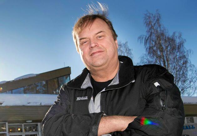 Restaurang, bowlingbana, hotell och hjälp till företagare. Det är några av Örjan Berglunds förverkligade projekt i västerbottniska byn Jörn.
