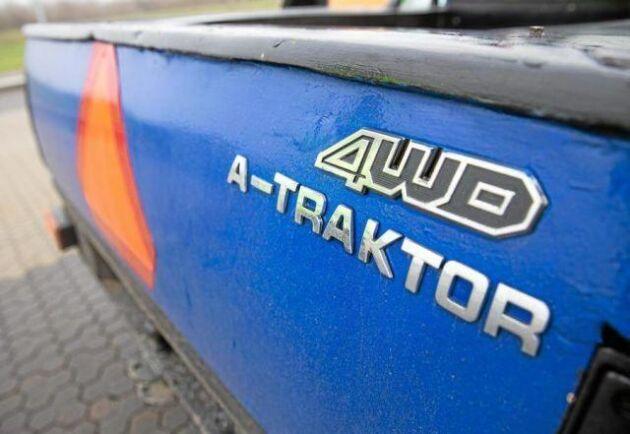 A-traktorn på bilden har inget samband med artikeln.