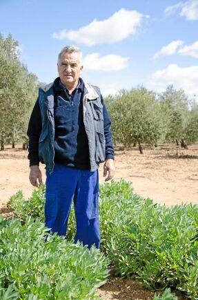 Juan Prieto, arbetsledare på det kooperativa jordbruket.