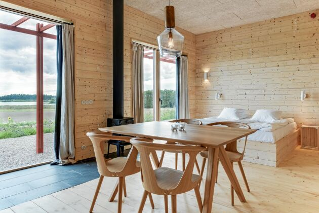 Lindeborgs Eco Retreat erbjuder naturnära inredning.