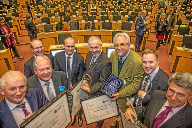 Vinnarna (olika kategorier) av Cogecas innovationspris 2017, prisutdelning i EU-parlamentet: Glanbia, (Milk Flex Fund, Irland), LSO Osuukunta (slakteri, Omega3-gris, Finland), Agriambiente Mugello Societa Cooperativa (skog, Italien), Metsaliitto (on line-skötsel av skog, Finland), DCoop (spårbarhet, Spanien).